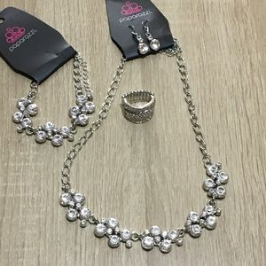 Jewelry - 3piece paparazzi set